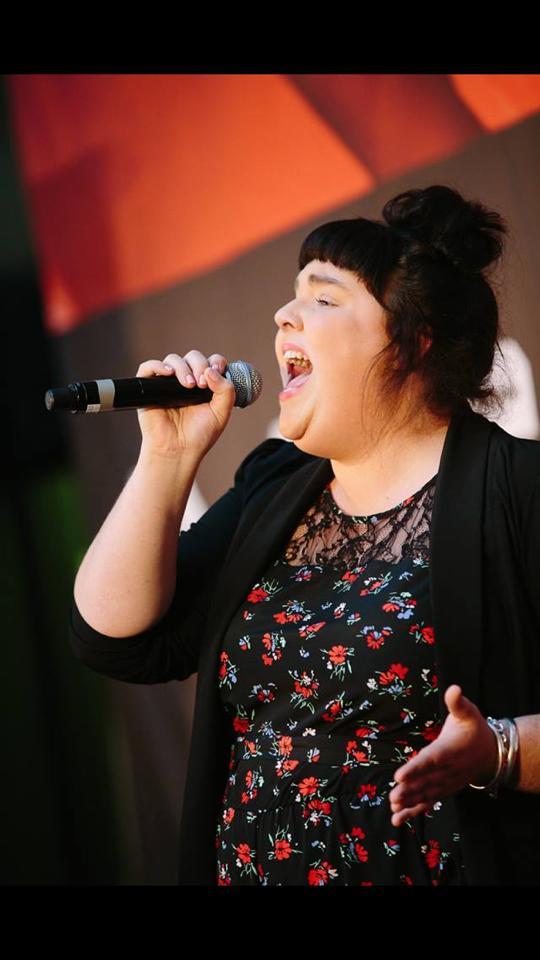 Alice Singing 1