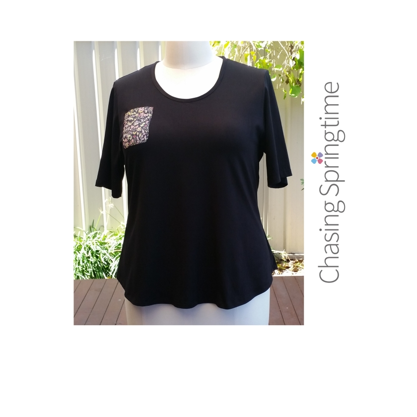 Liberty patch-pocket tee shirt size 22 with logo